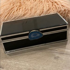 Black and silver jewelry box